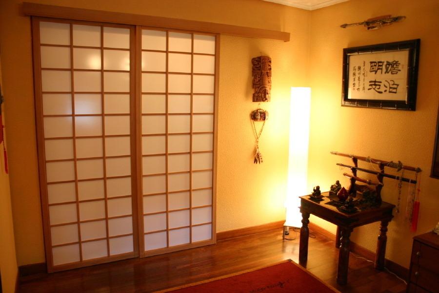 Instala una puerta corrediza en cualquier espacio de tu - Puertas correderas japonesas ...